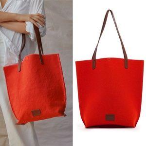 Graf Lantz Hana large tote bag in Orange red wool